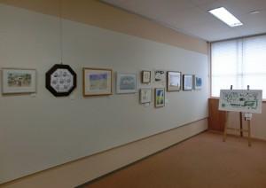 原画が並ぶギャラリー壁面
