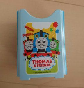 百均 トーマスの紙パックケース