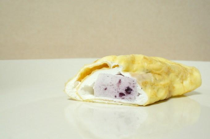 ブルーベリーレアチーズクレープ