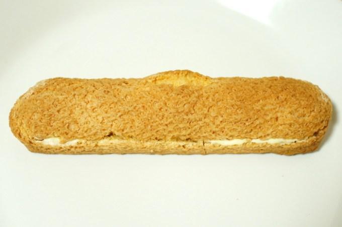 ダブルクリームのロングエクレア