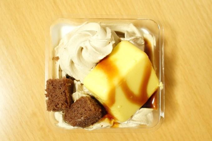 カラメルカスタードケーキ