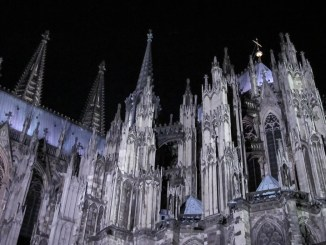Abendliche Glaubenswege im Kölner Dom