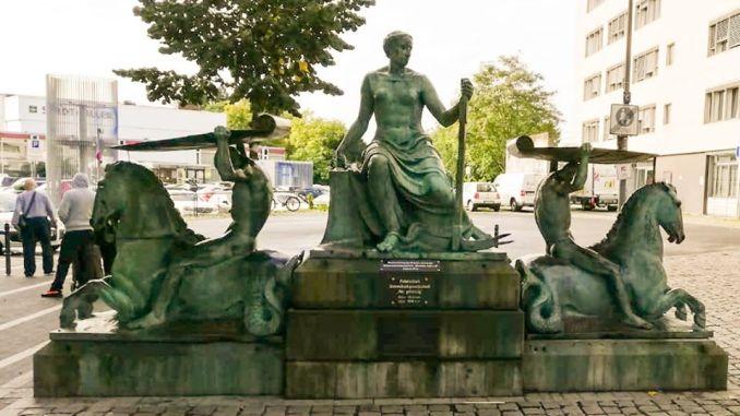 Der Handels- und Schifffahrtbrunnen
