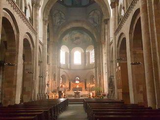 Romanische Kirche St. Aposteln Köln