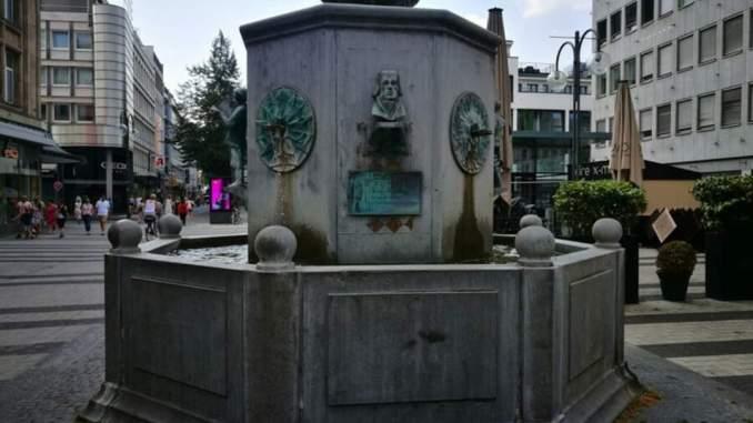 Der Kölner Zeitungsbrunnen