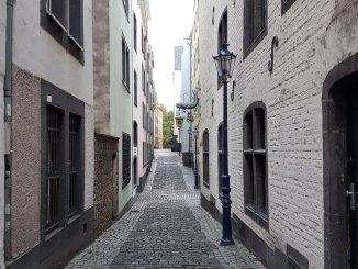 Straße in der Kölner Altstadt