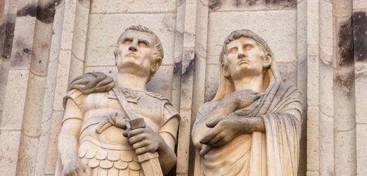 Agrippa und Augustus. Figuren am Kölner Rathausturm