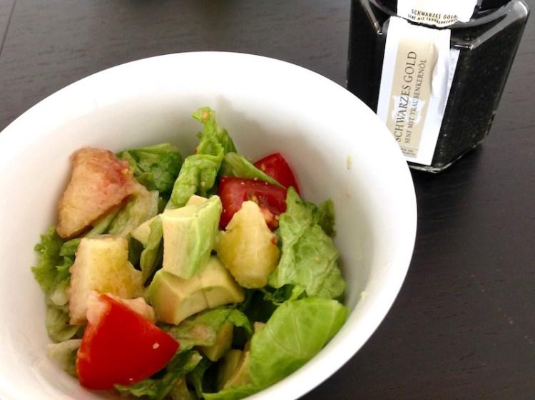 Schwarzes Gold im Salatdressing