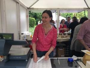 Susanne Lohs am Stand von Köstliches aus Vorarlberg am Genussfestival 2017 im Stadtpark in Wien