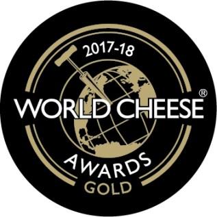Gold Logo für den Mooshof Greber für den Bergkäse alt/würzig beim World Cheese Award 2017/18