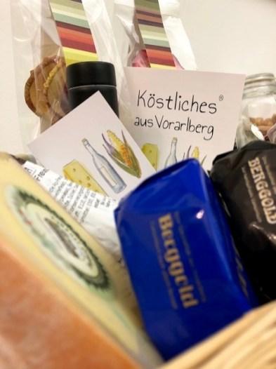 Geschenkkorb von KÖSTLICHES AUS VORARLBERG für den Sacré Coeur Jubiläumsball in Wien