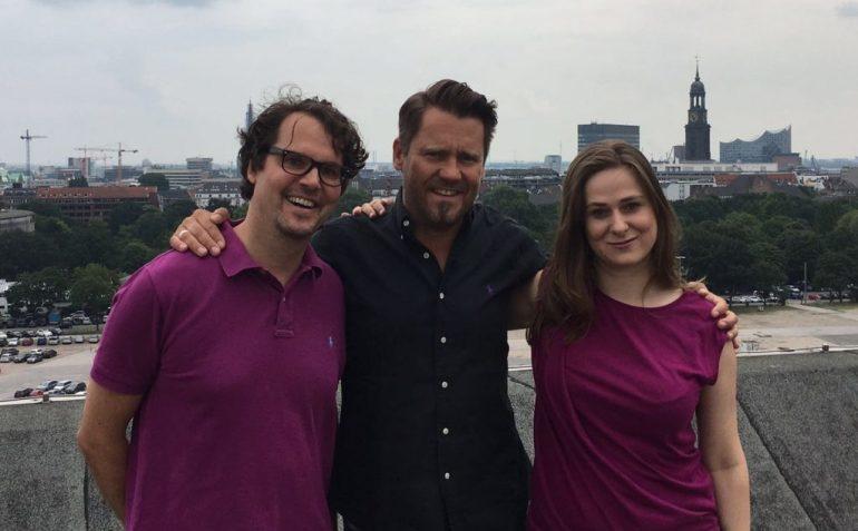 Spaß beim Drehen - Sandra Roggow, Mike Süsser und Ralf Kettnaker mitten in Hamburg