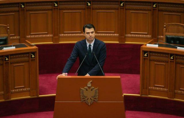 Deklarata e fortë e Bashës: Ose zgjidhje e re politike ose Parlamenti do të fshihet nga populli