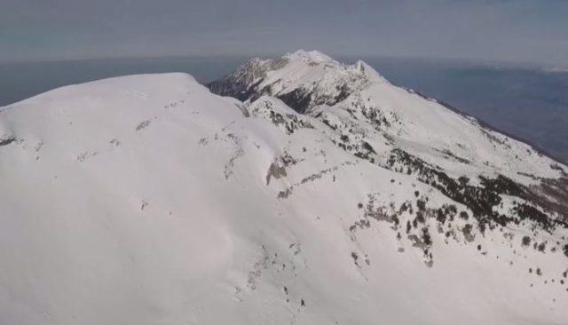 Pamjet fantastike nga maja e malit të Tomorrit në dimër (VIDEO)