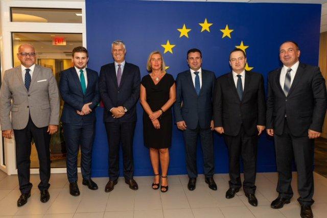 Mogherini fton udhëheqësit e Ballkanit Perëndimor në darkë