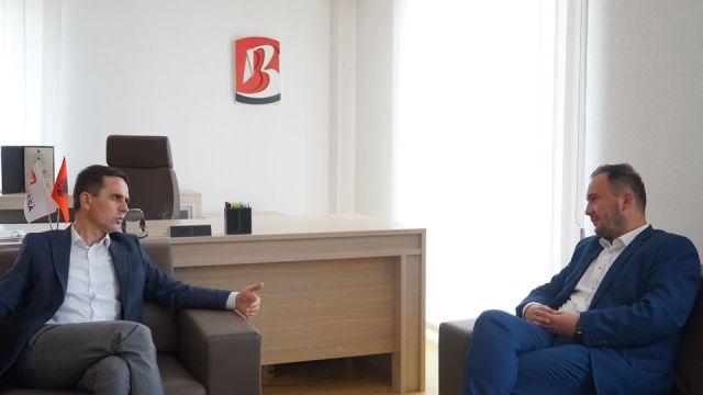 ASH në Tetovë i'a fikë dritat Ziadin Selës, kryetari i degës takohet me Kasamin