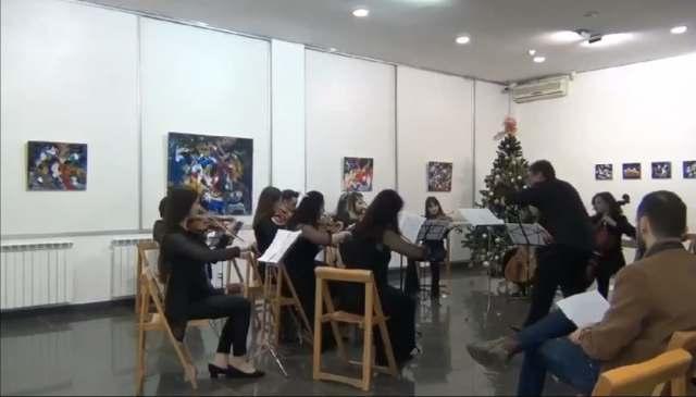 Fakulteti i Arteve i UT-së organizoi ekspozitë dhe koncert online në mbështetje të mjekëve që përballen me pandeminë e Covid -19