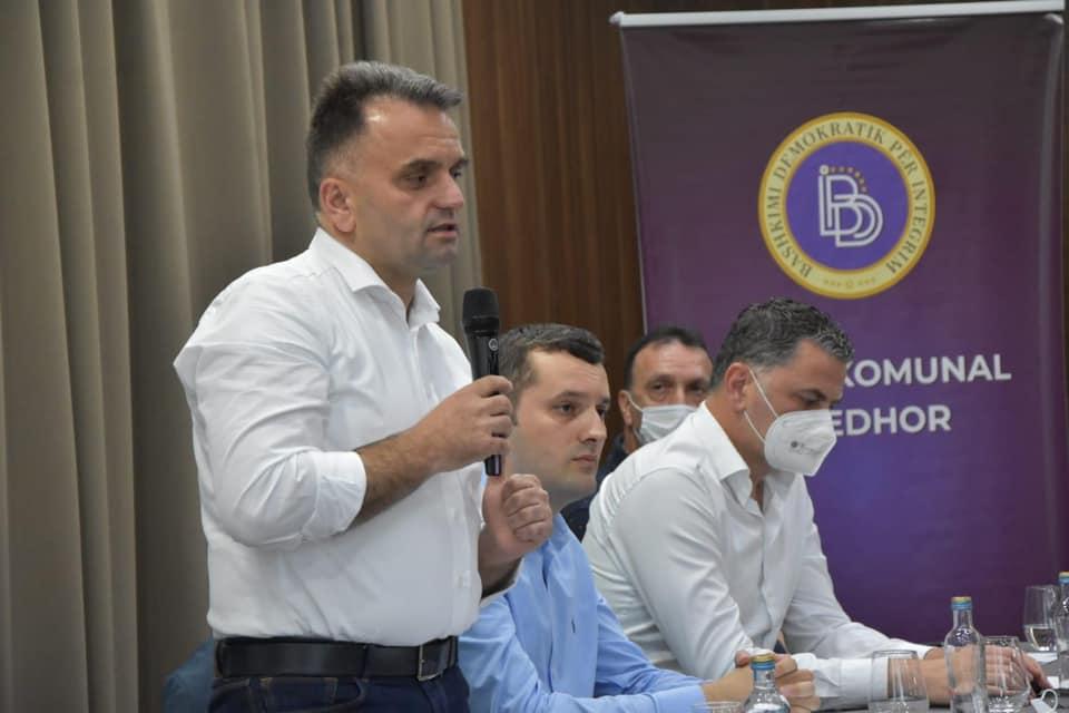 Doc Dr  Florin Besimi merr përkrahje të fuqishme nga kolegët mantelbardhë  Po të madhe për 15 korrik