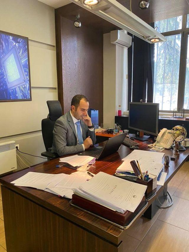 Ministri Shaqiri realizon takim online me Fondacionin Metamorfozis, diskutohet pjesëmarrja qytetare në agjendën digjitale ICEDA