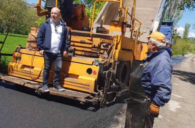 Bekim Memeti fillon tjetër aksion për asfaltimin e rrugëve
