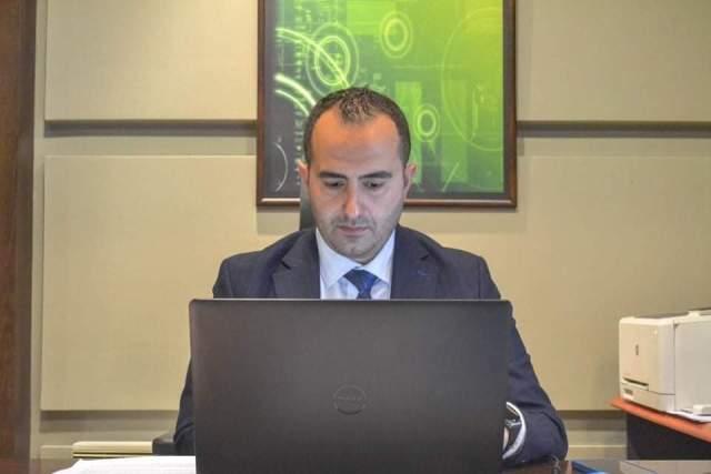 Shaqiri: Qytetarët dhe bizneset do të kenë mundësinë të zëvendësojnë pritjet në sportele me shërbime të marra nga shtëpia apo zyrat e punës