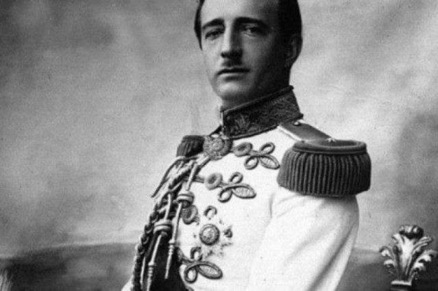 Shqipëria ishte bërë me mbret para 93 vjetësh