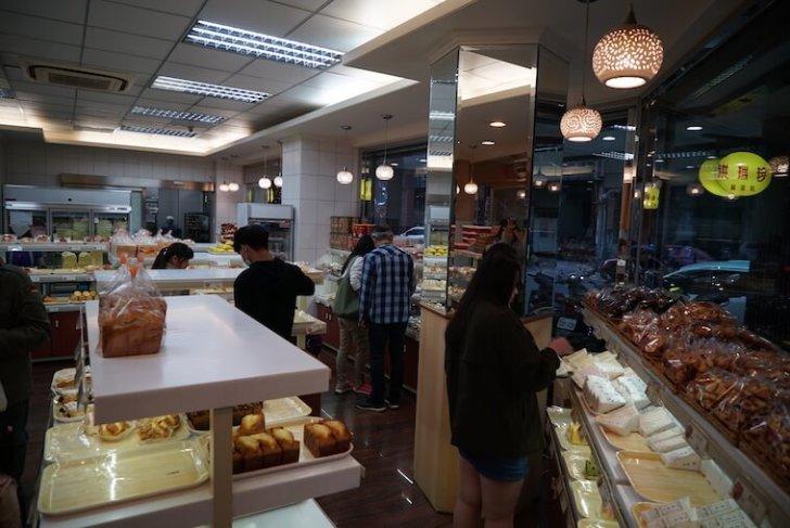 台湾・台中のおすすめB級グルメまとめ 春水堂 タピオカミルクティー