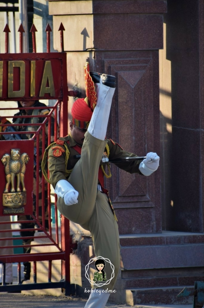 Wagah Border army parade amritsar kohleyedme.com