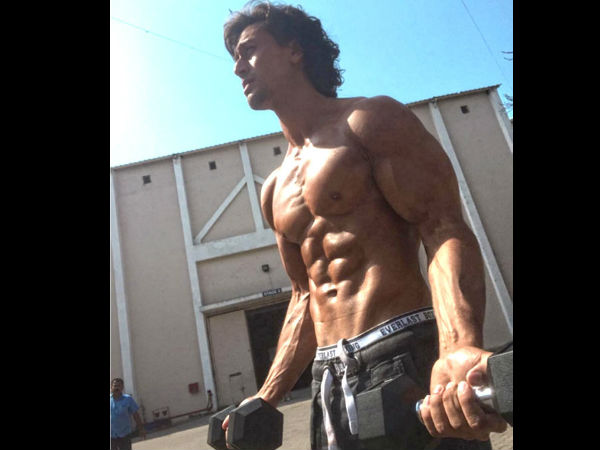 Rebels shooting 6-pack abs with Tiger Shroff ..