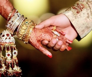 Will write the bride's dowry as' official duty will then