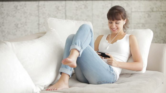 sitting on couch for many hours make you unhealthy