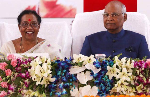 president kovind with his wife savita kovind 620x400