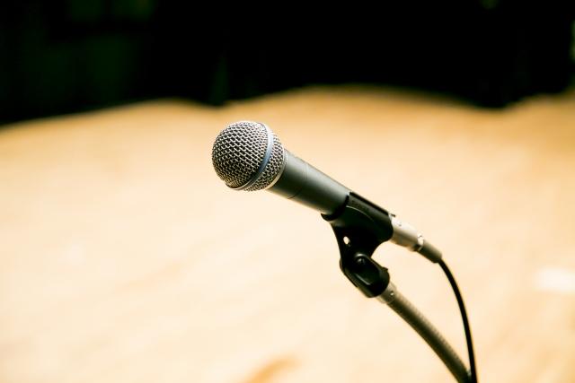 結婚式で友人代表【新婦】スピーチを任されたときのポイント