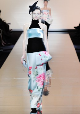 armani-prive-couture-fw-2011-032_105457201126