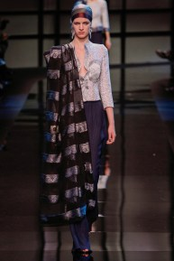 armani-prive-spring-2014-couture-runway-02_20024550616