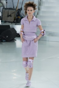 chanel-spring-2014-couture-18_104739154899