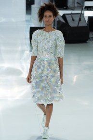 chanel-spring-2014-couture-53_104809232789