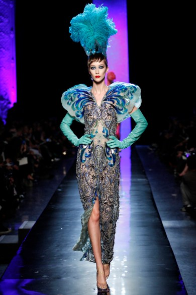 jean-paul-gaultier-spring-2014-couture-runway-39_122036721294