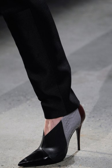 narciso-rodriguez-rtw-fw2014-details-59_000539741679