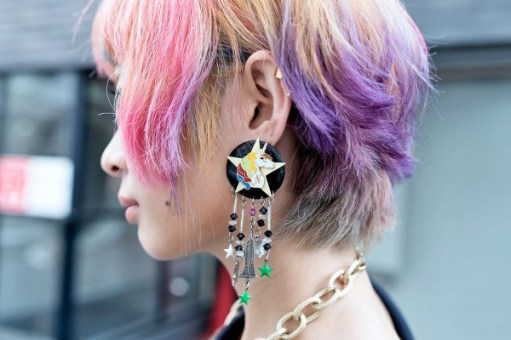 Rainbow-Hair-Unicorn-Earring-Harajuku-2013-08-03-DSC2968-600x400