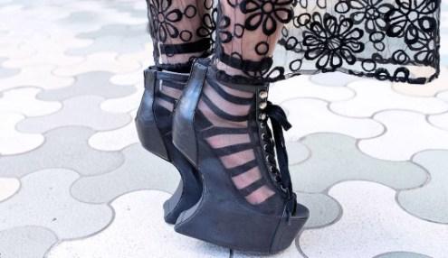 Sheer-Skirt-Heel-Less-Shoes-Harajuku-2013-04-07-DSC5664-600x400