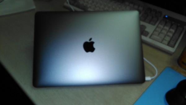 Macbook来た!