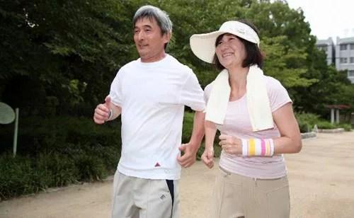 骨粗鬆症の骨折の好発部位は?その予防方法もご紹介します!2