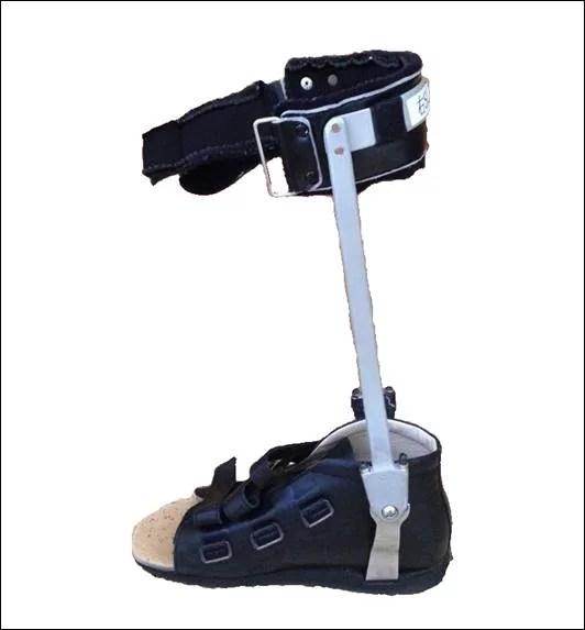 金属支柱短下肢装具1
