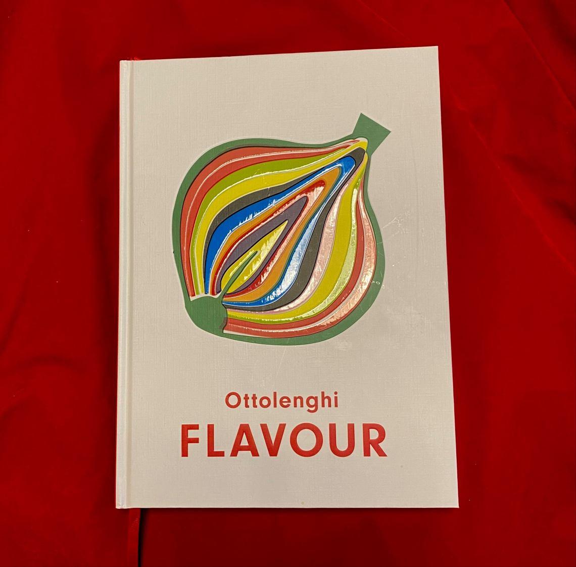 Forsiden til kokeboken Flavour av Ottolenghi