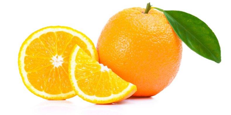 Naranja. Citrus × sinensis, el naranjo, naranjero o naranjo dulce.