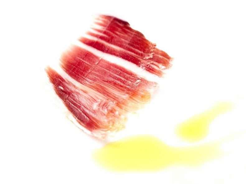 Jamón ibérico y aceite, una combinación perfecta.