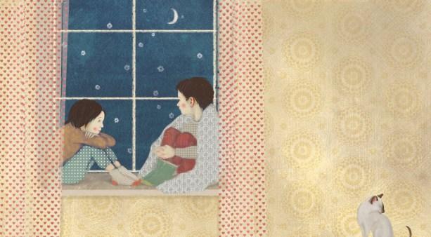 Ντανιέλα Σταματιάδη: Από την εικονογράφηση του βιβλίου «Η χιονονιφάδα που αγάπησε το καλοκαίρι» του Χρήστου Δασκαλάκη, εκδ. Άγκυρα, 2017. «Η πρωτότυπη εικόνα είναι λίγο διαφορετική – έξω από το παράθυρο δεν χιονίζει και η γάτα κοιτάει ανήσυχα τα παιδιά, όλο το νόημα της σκηνής είναι δηλαδή αρκετά διαφορετικό. Στην εικόνα της έκθεσης η γάτα καθαρίζεται ανέμελη δίνοντας μια αίσθηση κανονικότητας, καθημερινότητας με σκοπό να επαναπροσδιοριστεί το κλίμα και το σπίτι να πάψει να είναι ένας τόπος ατελείωτης αναμονής για τα παιδιά που περιμένουν να χιονίσει ανυπόμονα και απογοητευμενά ανησυχώντας το κατοικίδιο τους· αλλά να γίνει ένας χώρος όπου τα παιδιά προστατευμένα θα φτιάξουν τον δικό τους μικρόκοσμο στο περβάζι του παραθύρου ατενίζοντας το έξω και το μέσα χωρίς τίποτα να μπορεί να τα ενοχλήσει. Πάνω κάτω δηλαδή, ό,τι σημαίνει για εμένα το Σπίτι: ένα ασφαλές καταφύγιο».