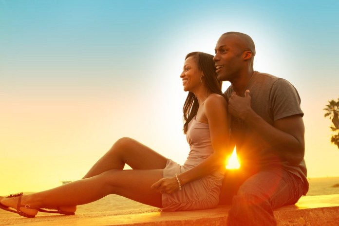 Things Happy Couples Do Immediately They Wake Up 2