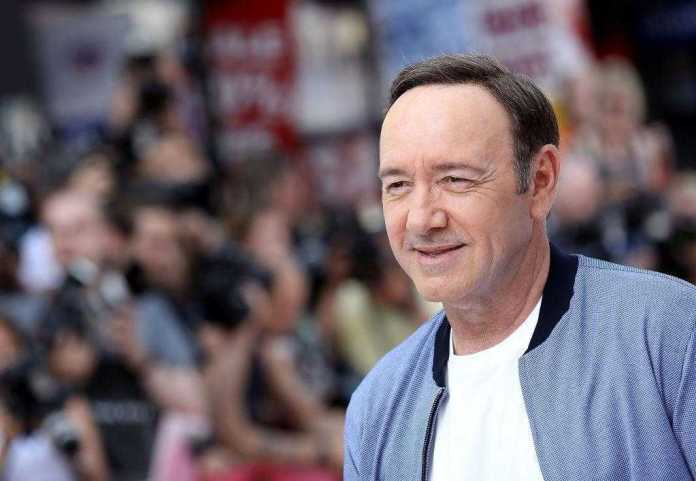 Kevin Spacey's 'Sex Assault' Victim Drops Lawsuit Against Hollywood Actor 1